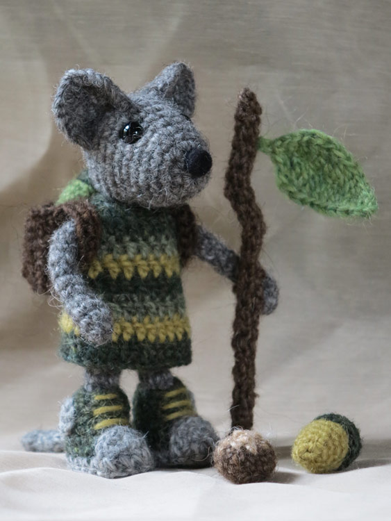 Amigurumi Patterns Free Mouse : amigurumi mouse pattern Sons Popkes