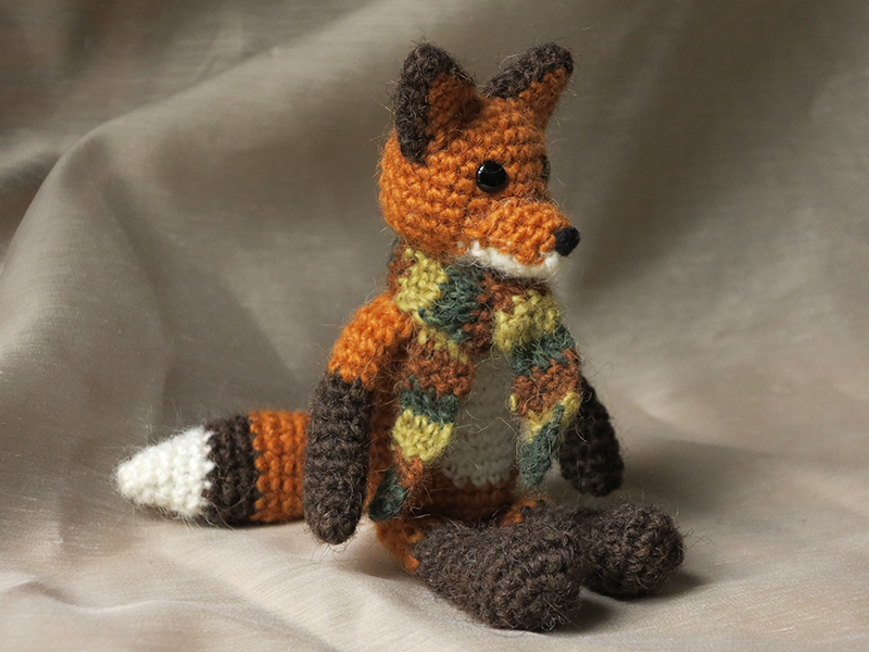 Boot Leg Warmers Knitting Pattern : Flam the fox, crochet pattern Sons Popkes