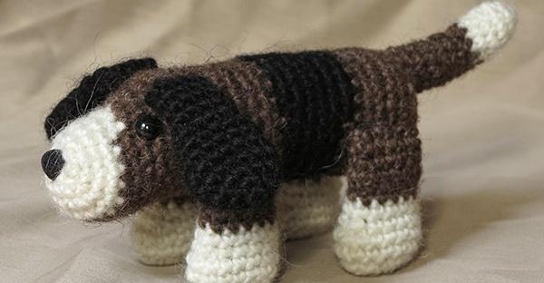 patroon gehaakte hond