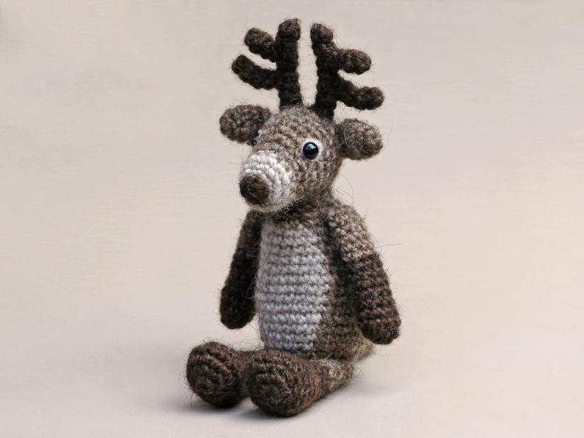crochet reindeer pattern, haakpatroon rendier, red nosed reindeer, rudolph