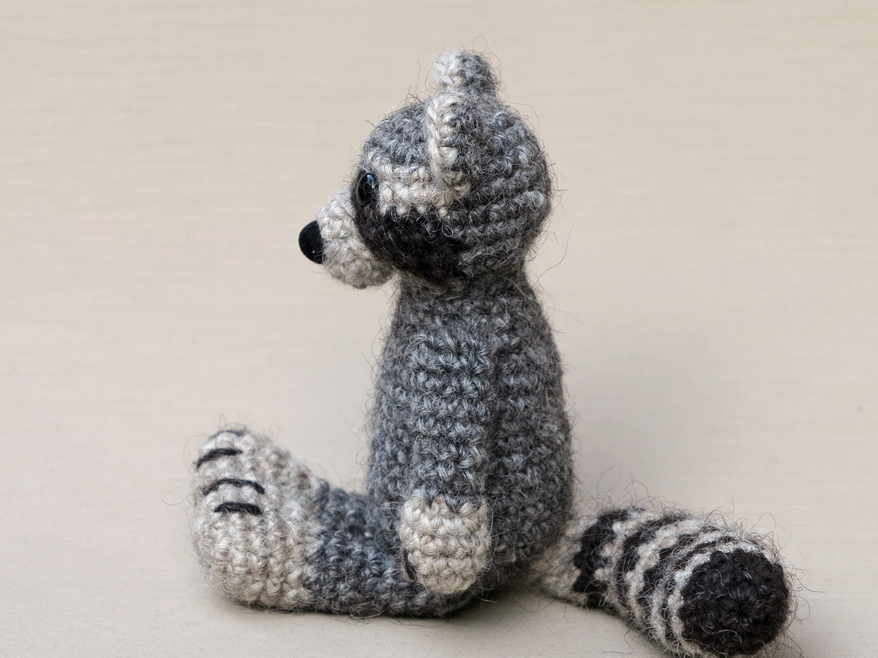Raccoon amigurumi pattern | Amigurumi pattern, Stuffed animal ... | 960x1280