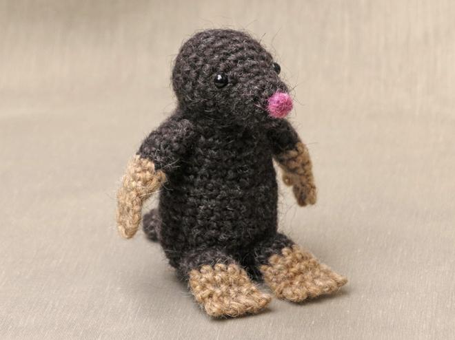 crochet mole