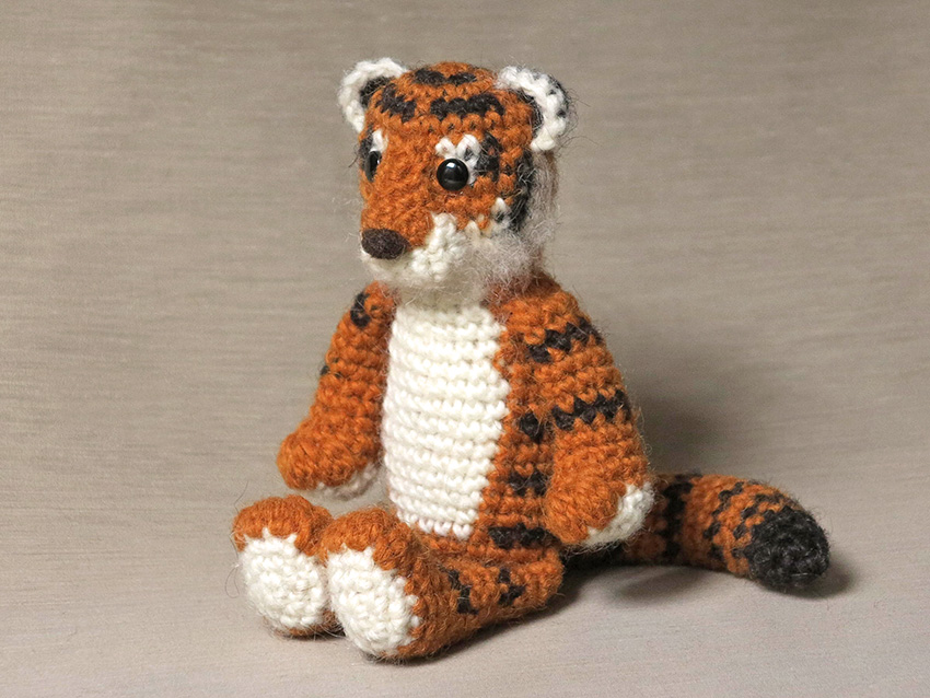 Koji, crochet tiger pattern Sons Popkes