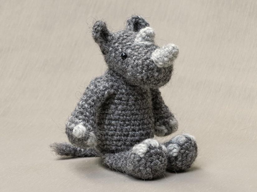 neushoorn haakpatroon, amigurumi rhino pattern
