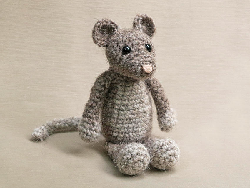 Crochet mouse couple pattern - Amigurumi Today | 638x850