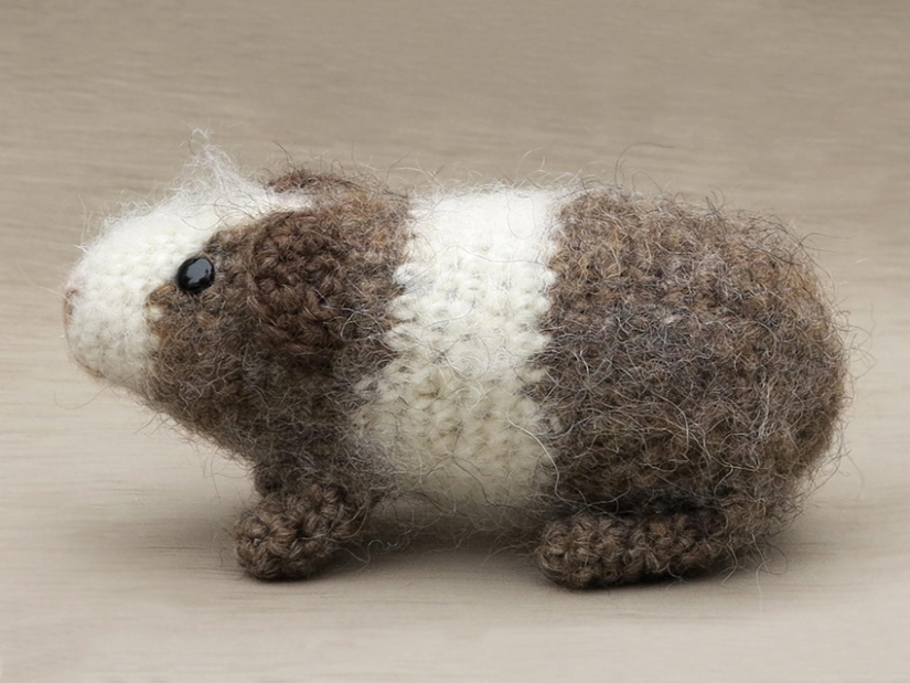 amigurumi crochet guinea pig