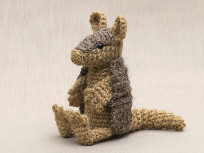 armadillo crochet pattern