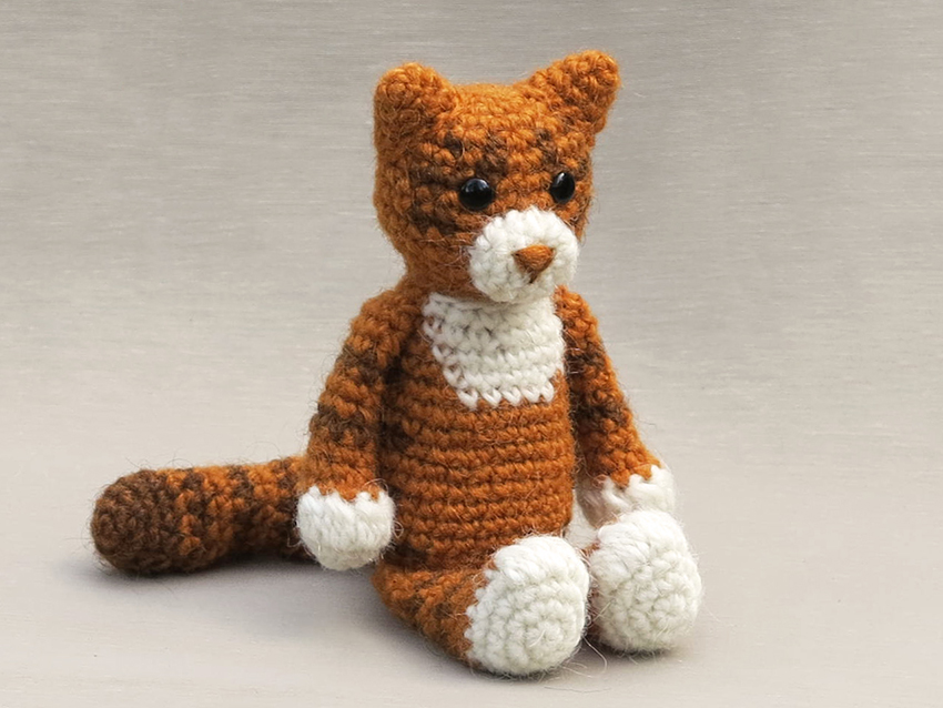 Amigurumi Cat Crochet Pattern Easy Video Tutorial | 638x850