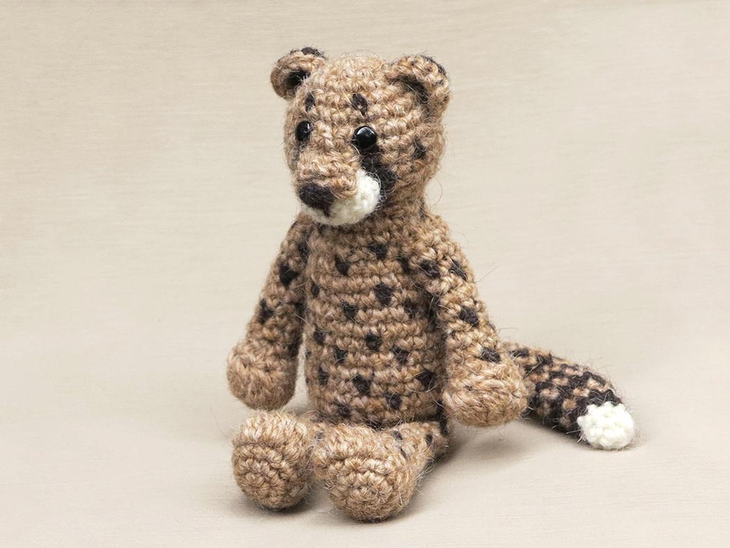 Choof, crochet cheetah pattern   Son\'s Popkes