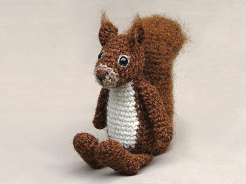 amigurumi squirrel animal