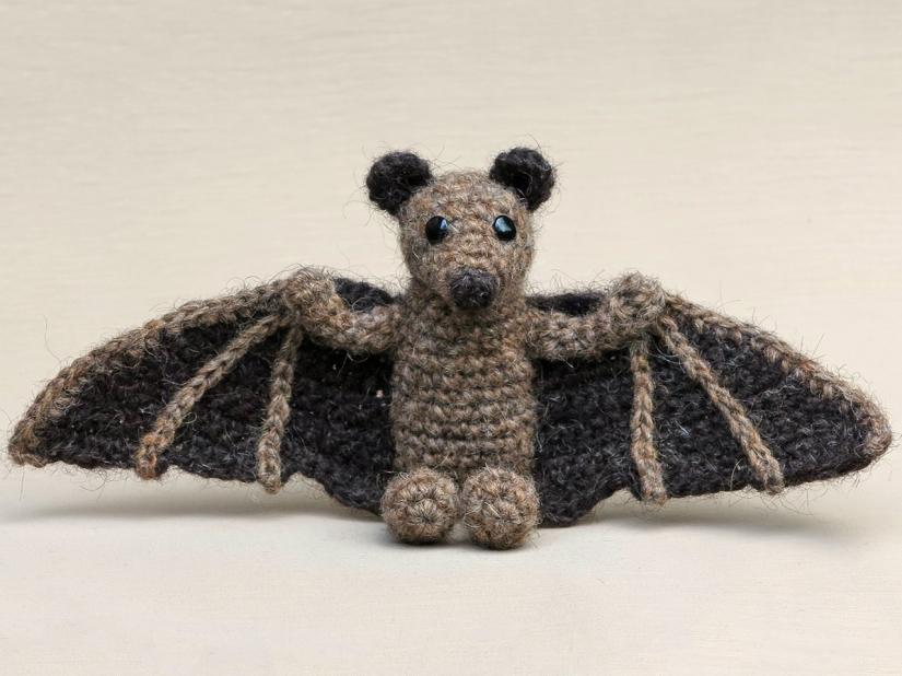 crochet animal, animals, haakpatroon vleermuis, halloween.