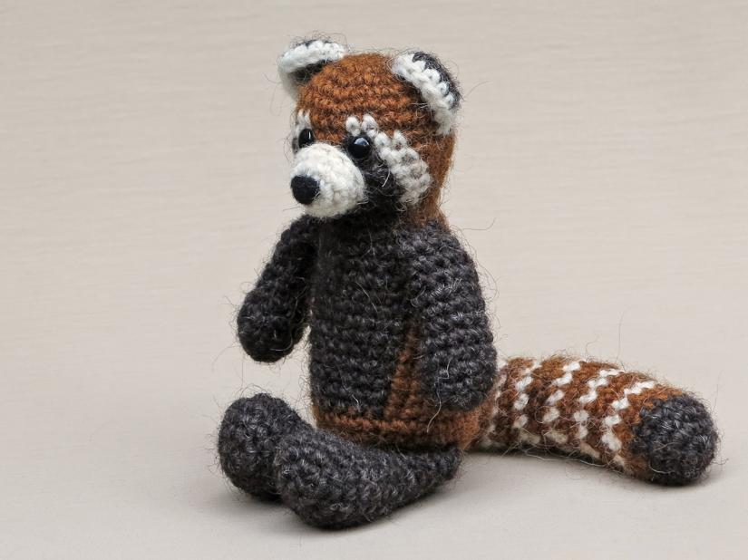 crochet red panda doll, crochet animal pattern