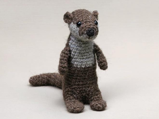 Amigurumi Sea Otter crochet pattern   PlanetJune by June Gilbank: Blog   495x660