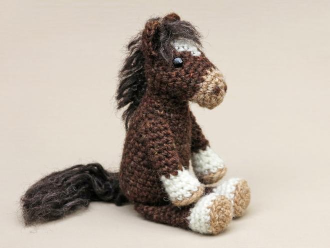 realistic crochet horse