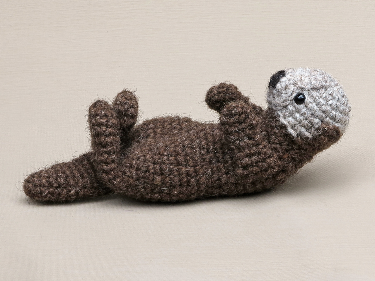 5 Free Otter Toy Patterns - diy Thought | 960x1280