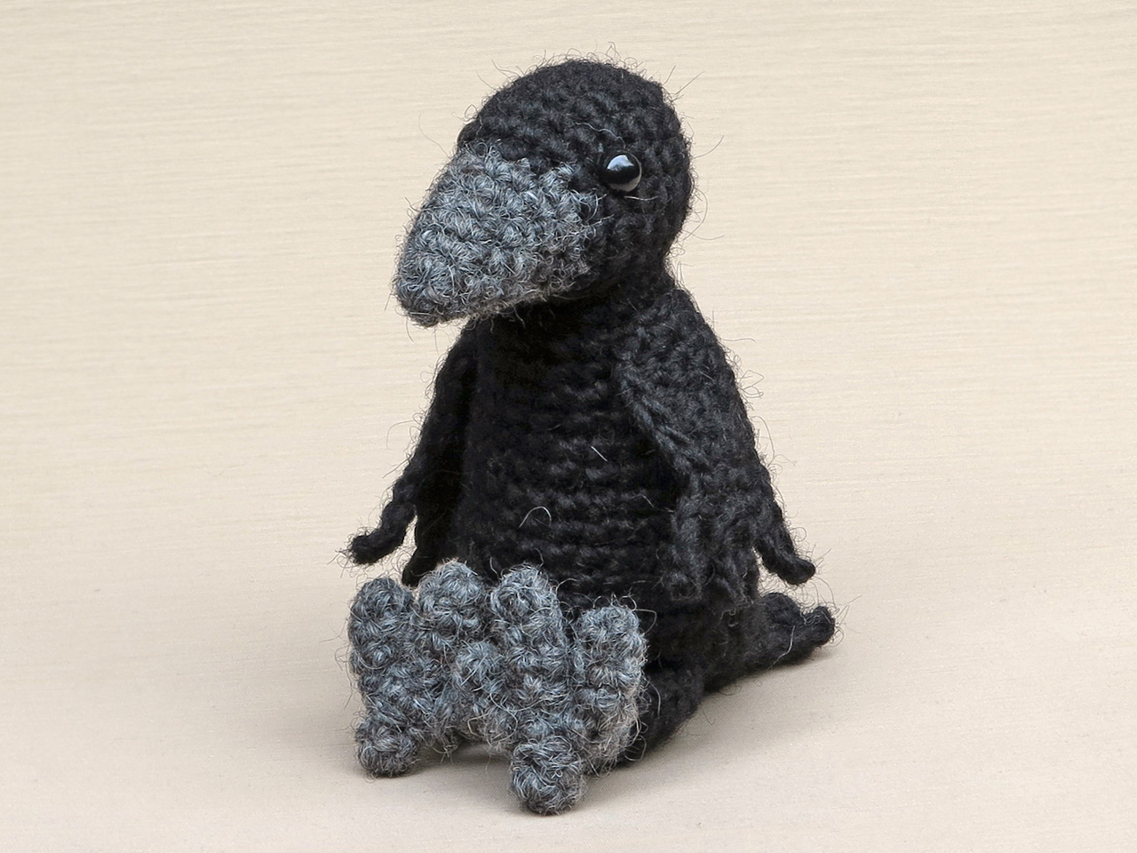 amigurumi crow