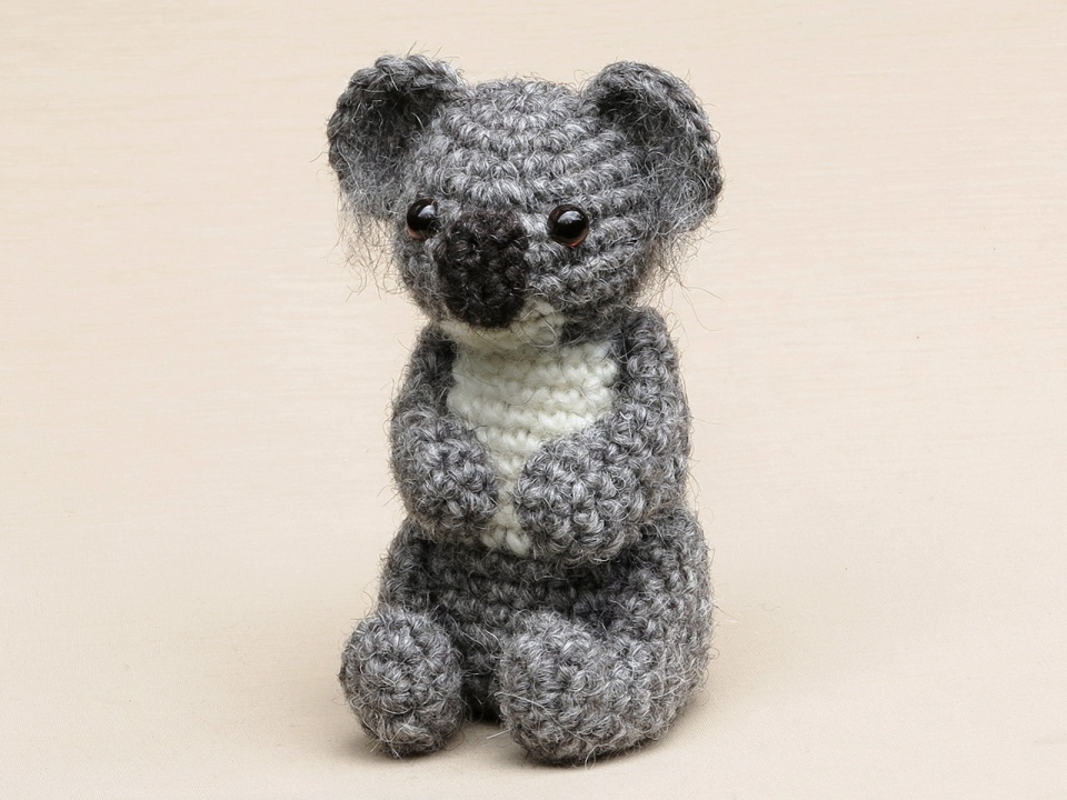 realistic crochet koala bear