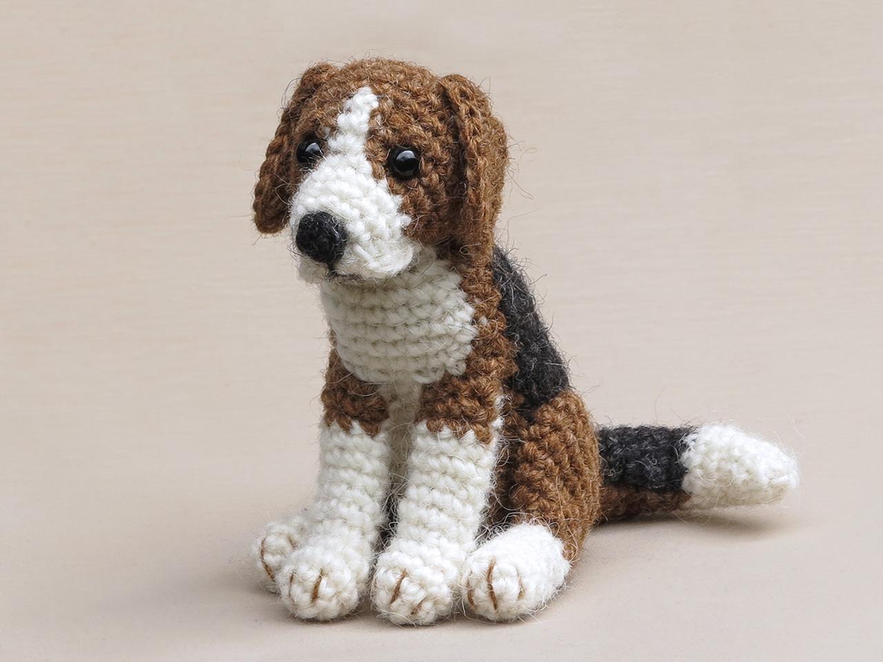 amigurumi beagle